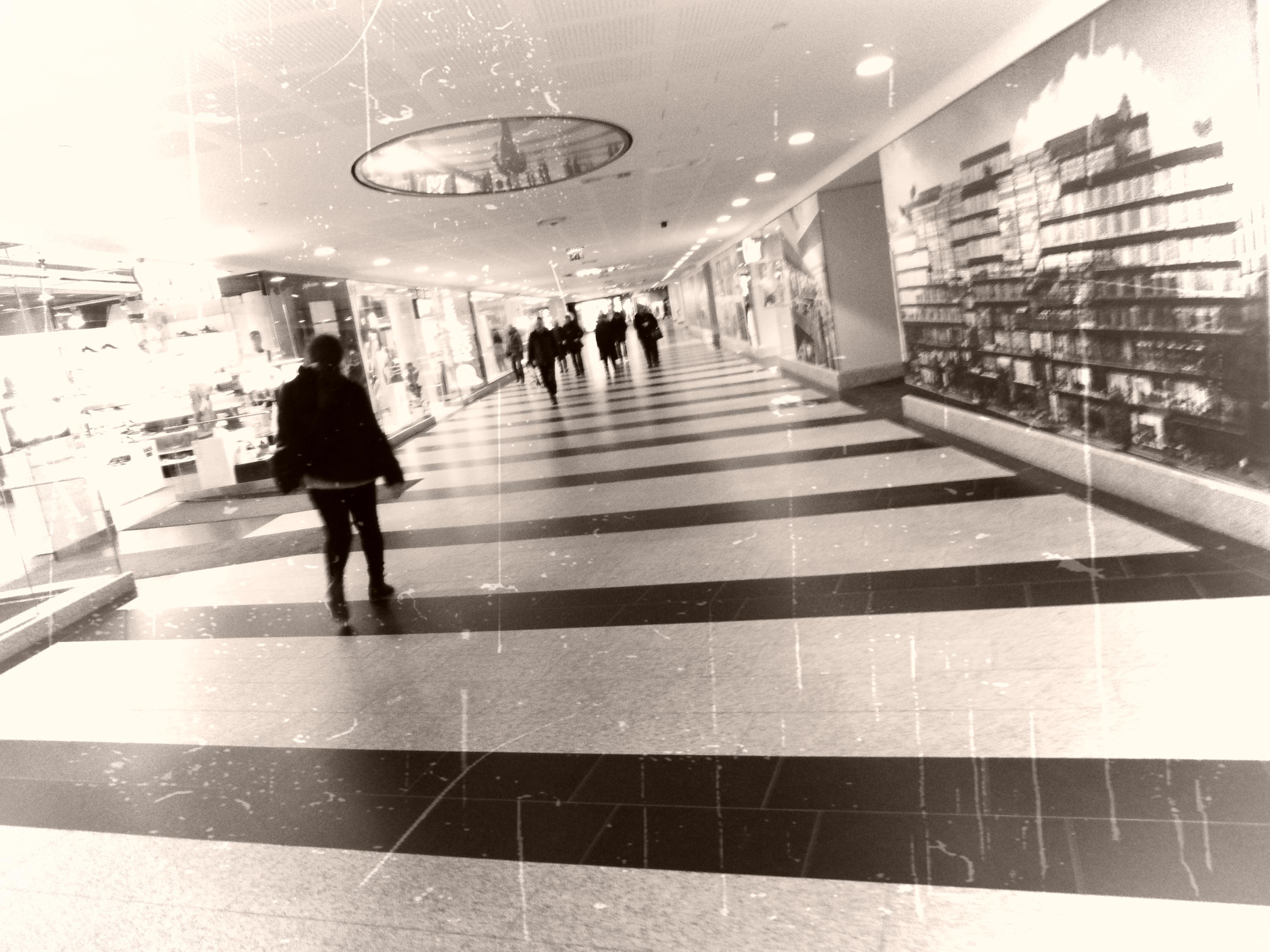 Noice och gångarna runt Gallerian